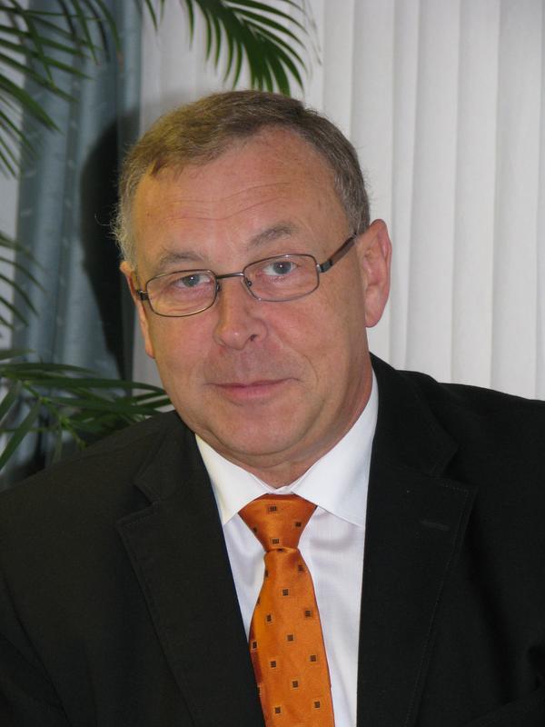 Porträt  Bürgermeister Rolf Pfeiffer